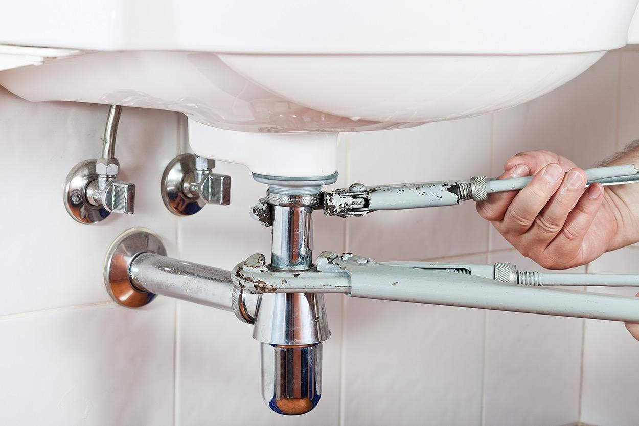 repairing sink drain - aaahomemaster-com